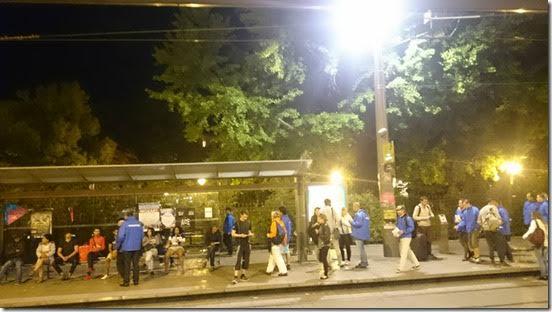 Un gang de jeunes migrants agresse, en pleine rue et en plein jour, un père de famille à coups de couteau sur l'Esplanade à Montpellier