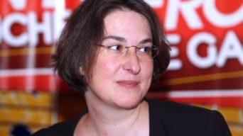 Bonnet d'âne pour Muriel Ressiguier