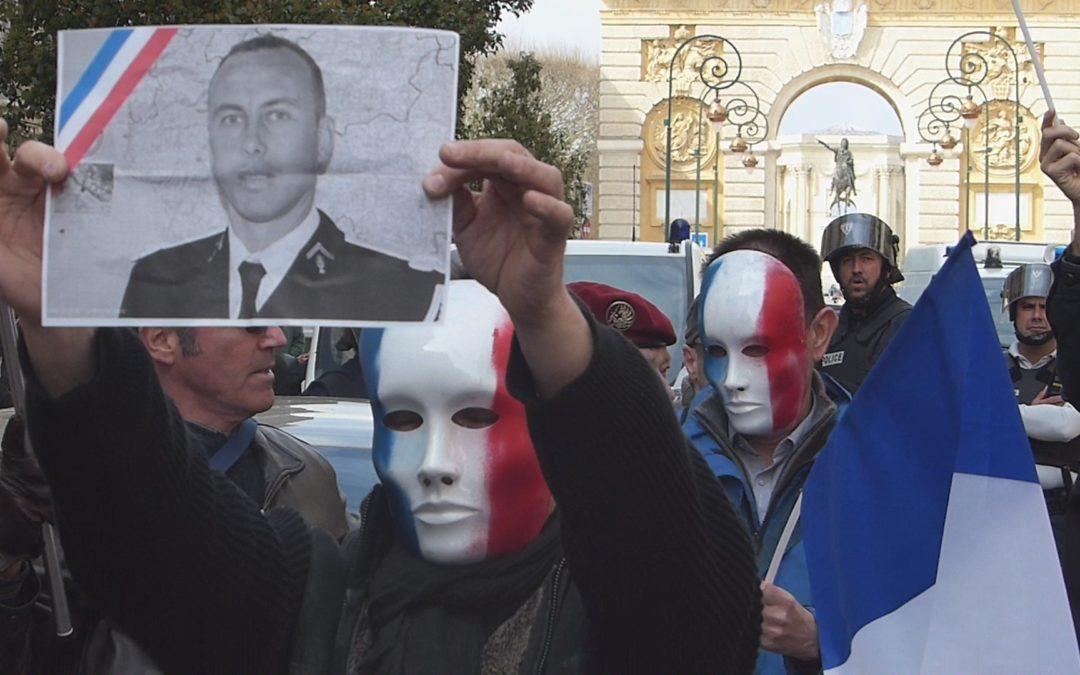 L'hommage des montpelliérains au lieutenant-colonel Beltrame, perturbé par quelques agitateurs gauchistes
