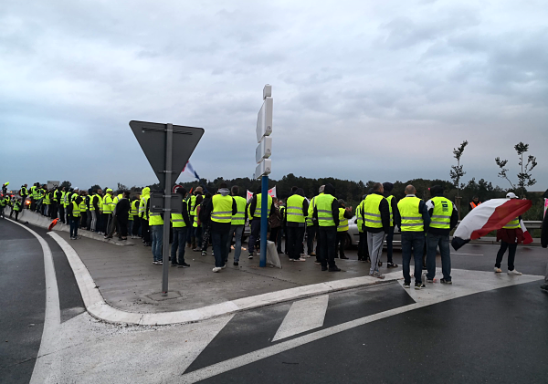 gilets jaunes gallargues