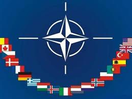 « L'OTAN aurait dû disparaître avec le bloc soviétique »