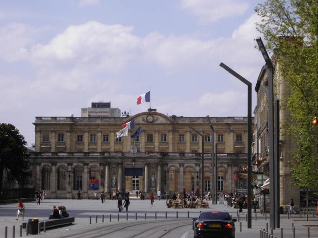 Élections à Bordeaux : les Marcheurs au secours des Républicains (1)